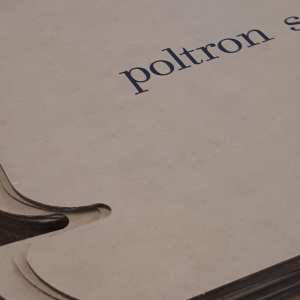 Serigrafia_Poltrone e sofà dettaglio scatola